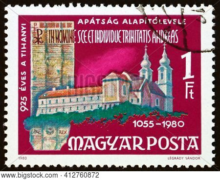 Hungary - Circa 1980: A Stamp Printed In Hungary Shows Tihany Benedictine Abbey And Deed, 925th Anni