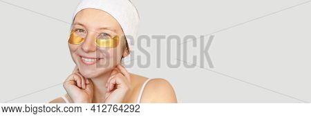 Eye Patch Procedure. Facial Hydrogel Treatment. Dermatology Spa Mask. Detox Therapy. Rejuvenation Sk
