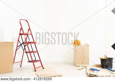 Apartment Repair Wall Repair Renovation House Renovation Home Remodeling Real Estate Repair