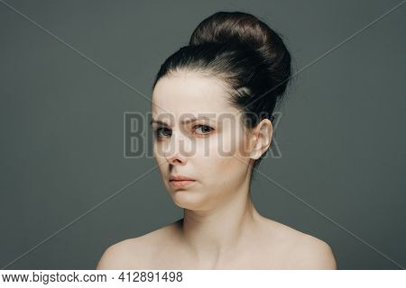 Exercise Bare Shoulder Collected Hair Displeasure Emotions