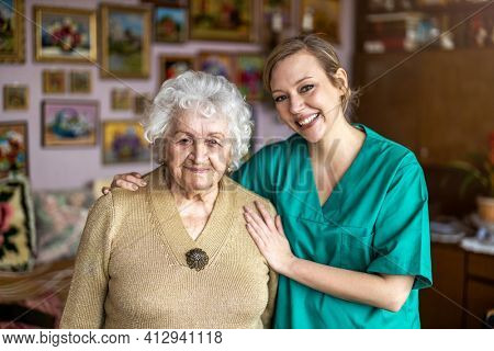 Healthcare worker at home visit