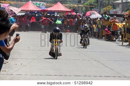 Motocycle drag racing