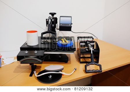 equipment for thermal transfer image or photo on mugs