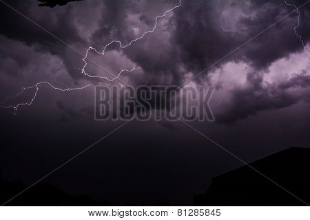 Cloud to cloud lightning