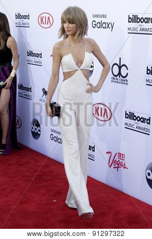 LAS VEGAS - MAY 17:  Taylor Swift at the Billboard Music Awards 2015 at the MGM Garden Arena on May 17, 2015 in Las Vegas, NV