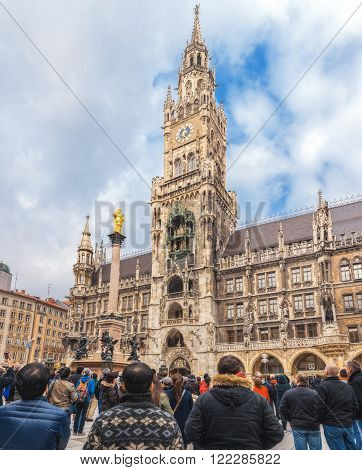 Germany, Munich city on the river Isar in the south of Germany, the capital of Bavaria. New Town Hall. Mariinsky column