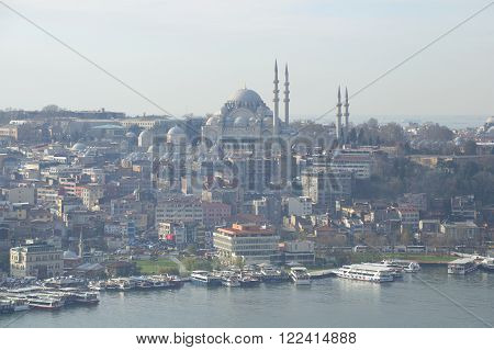 ISTANBUL, TURKEY - JANUARY 03, 2015: View of the mosque of Suleiman the Magnificent january morning. View of the skyline of Istanbul