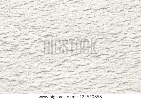 white snow background gives a harmonic pattern