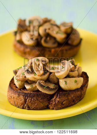 close up of english pub grub mushroom toast