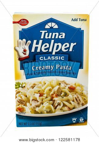 Winneconne, WI - 5 February 2015: Box of Betty Crocker Tuna Helper Creamy Pasta flavor. All one does is add tuna and have a complete meal.