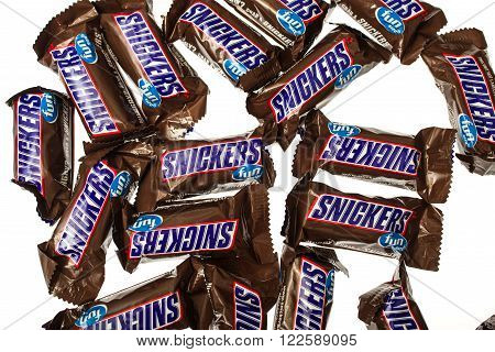 Winneconne WI -4 Nov 2015: Snickers fun size candy bars.