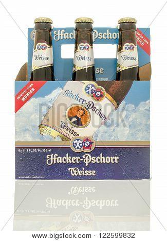 Winneconne, WI - 10 Jan 2016: A six pack of Hacker Pschorr Weisse beer.