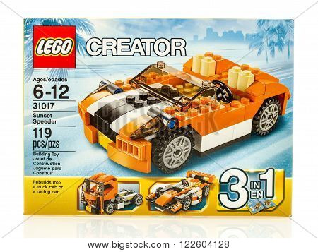 Winneconne WI - 18 Dec 2015: Box of Lego Sunset speeder from the Lego Creator collection.