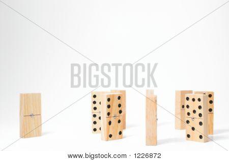 Domino Outcast
