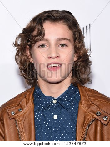 LOS ANGELES - MAR 09:  Brandon Spink arrives to the