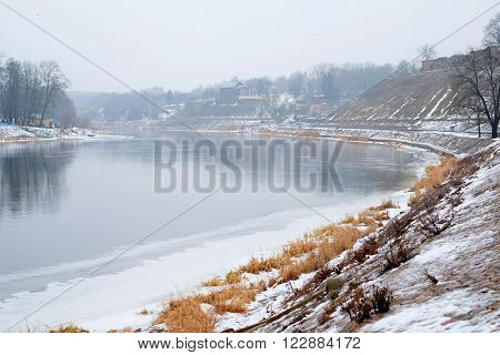 Winter River, Water
