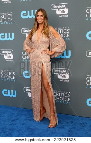 LOS ANGELES - JAN 11:  Heidi Klum at the 23rd Annual Critics' Choice Awards at Barker Hanger on January 11, 2018 in Santa Monica, CA