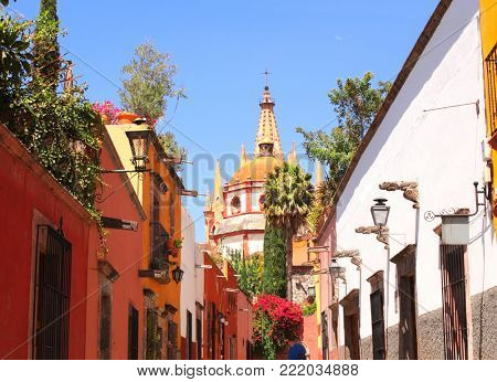 Archangel church Dome Steeple. View from Aldama Street Parroquia, San Miguel de Allende, Guanajuato state, Mexico, North America. UNESCO world heritage site