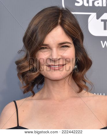 LOS ANGELES - JAN 11:  Betsy Brandt arrives for the 23rd Annual Critics' Choice Awards on January 11, 2018 in Santa Monica, CA
