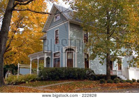 Azul casa victoriana