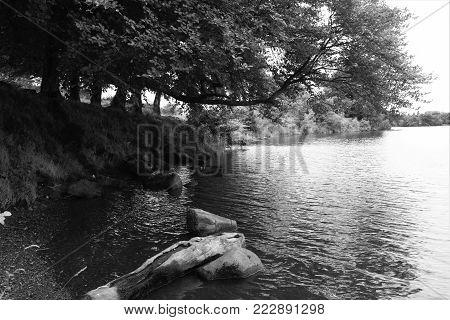 b&w picture of banton dam in central scotland