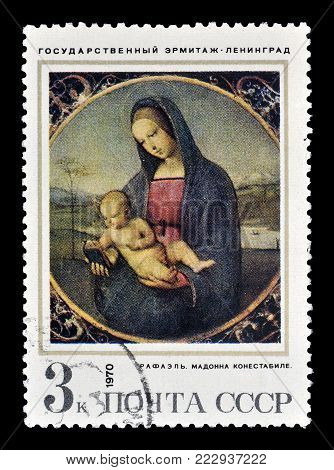 SOVIET UNION - CIRCA 1970 : Cancelled postage stamp printed by Soviet Union, that shows painting of Madonna Conestabile by Raphael.
