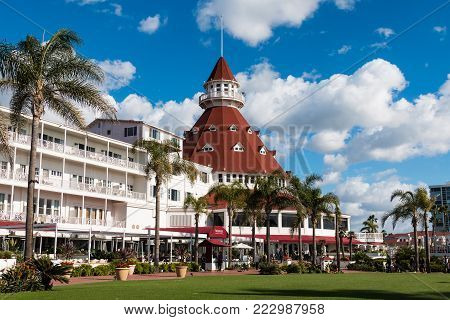 CORONADO, CALIFORNIA - JANUARY 20, 2018:  The main building and courtyard of the Hotel del Coronado. This historic beachfront hotel, built in 1888, was formerly the largest resort hotel in the world.
