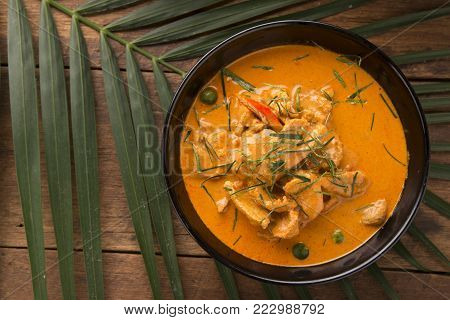 Tom Yum Kung Or Tom Yam Kung  Is A Type Of Hot And Sour Famouse Food In Lao And Thai Soup,usually Co
