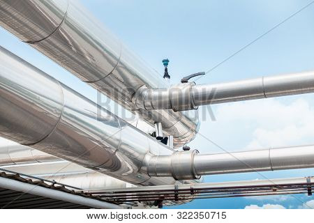 Air Chiller Pipeline And Hvac System Of Department Store, Overhead Building Structure Of Air Conditi