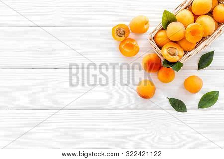 Collect Apricots, White Wooden Background Top View Copy Space, Pattern With Leaves