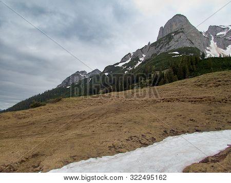 Beautiful Nature Hiking In Gousaukamm Dachsteingebirge