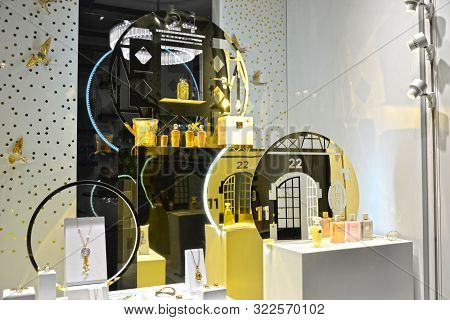 Paris, France - December 9th 2018 : Special Christmas Shop Window Of The Crystalware St-louis. Decor