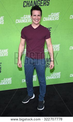 LOS ANGELES - SEP 04:  Hal Sparks arrives for 'The Game Changers' Los Angeles Premiere on September 04, 2019 in Hollywood, CA