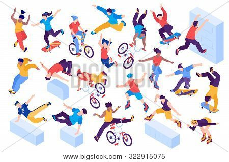 Extreme City Sport Isometric Set With Teenagers Jumping Riding Bicycles Rollers Skateboarders Isolat