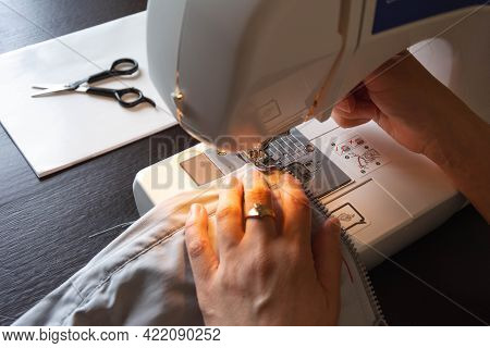 Electric Sewing Machine, Seamstress Hands Working With Sewing Machine, Tailoring, Sewing Machine Nee
