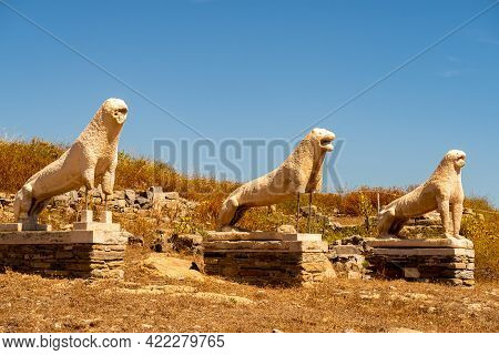 Antique Three Stone Guardian Lions Sculptures On Delos Island - Mythological, Historical, And Archae