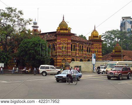 Colombo, Sri Lanka - 12 Jan 2011: The Vintage Building In Colombo, Sri Lanka