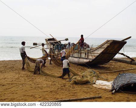 West Coast, Sri Lanka - 10 Jan 2011: The Fishing On Sri Lanka, West Coast, Indian Ocean