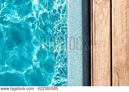 New Modern Fiberglass Plastic Swimming Pool Entrance Step With Clean Fresh Refreshing Blue Water On