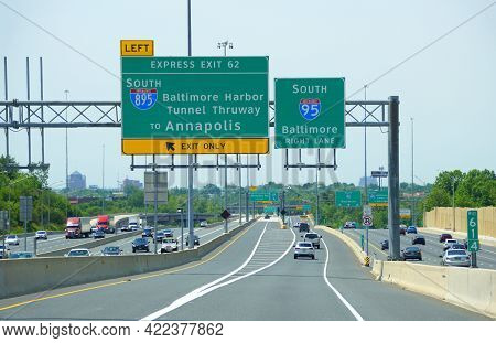 Maryland, U.s.a - May 17, 2021 - The Traffic On Interstate 95 South And 895 South Into Baltimore Har