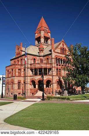 Hopkins County Courthouse In Sulphur Springs, Texas