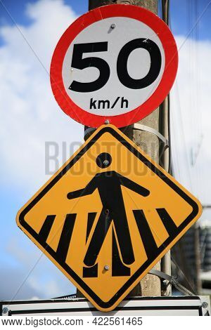 Salvador, Bahia, Brazil - May 26, 2021: Traffic Signs Indicating Pedestrian Crossing And Speed Limit