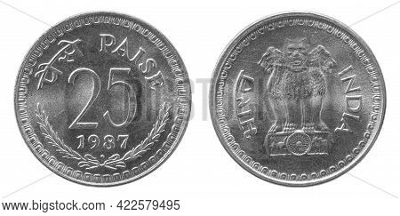 Obverse And Reverse Of 1987 25 Paise Cupronickel Indian Coin Isolated On White Background