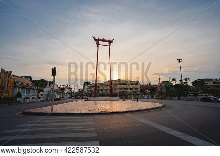 Bangkok, Thailand-may 2, 2021 : Beautiful Red Giant Swing Is At The Center Of Bangkok, And Wat Sutha