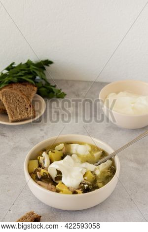Chicken Breast And Sorrel Soup