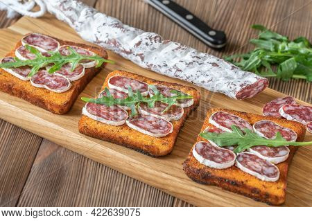 Toasts With Fuet