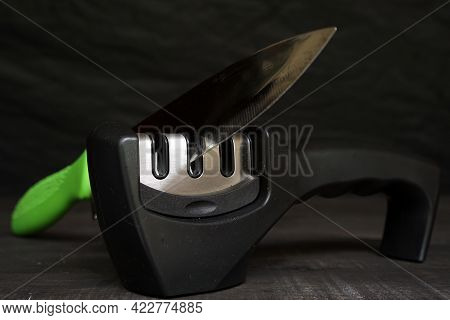 Practical Tool For Sharpening Kitchen Knives.  Sharpening Kitchen Knives Tools.