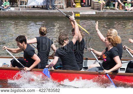 Leiden, Netherlands-june 26 2015: Festival Which Celebrate Creativity, Team Spirit, Sport And Entert