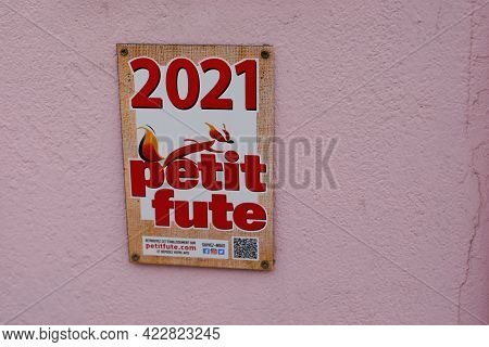 Bordeaux , Aquitaine France - 06 01 2021 : Petit Fute Plates Of Recommendation Of Tourist French Tra