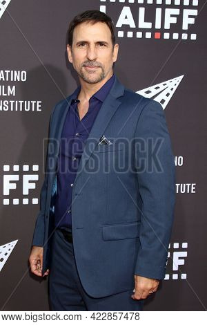 LOS ANGELES - JUN 2:  Oscar Torre at the 7th and Union Premiere -  Los Angeles Latino International Film Festival at the TCL Chinese Theater IMAX on June 2, 2021 in Los Angeles, CA